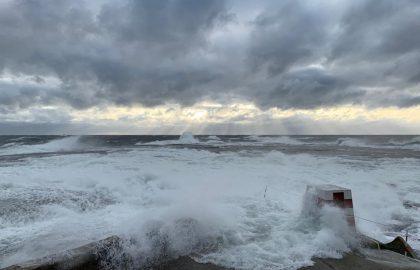 Aila-myrsky nosti Märketin otsikoihin